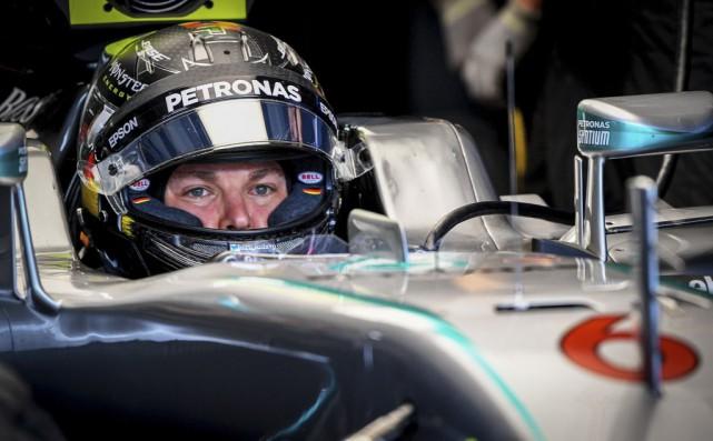 Nico Rosberg a connu une bonne journée aux... (Sascha Schuermann, AFP)