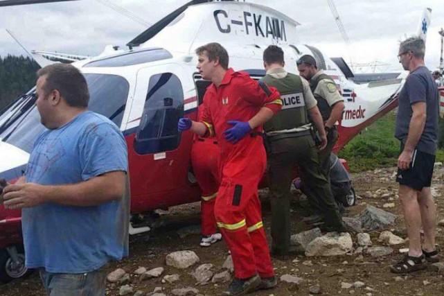Une femme a été secourue par Airmédic, samedi... (Photo courtoisie)