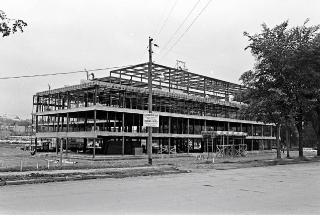 Construction de la centrale de police Victoria en... (Archives de la Ville de Québec, numéro du négatif N007442)