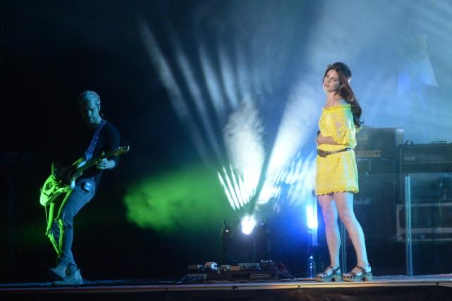 Lana Del Rey a rappelé au public qu'elle... (PHOTO CATHERINE LEFEBVRE, COLLABORATION SPECIALE)