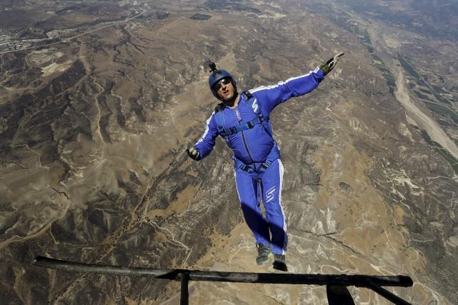 Le parachutiste et cascadeurLuke Aikins a plus de... (AP, Jae C. Hong)