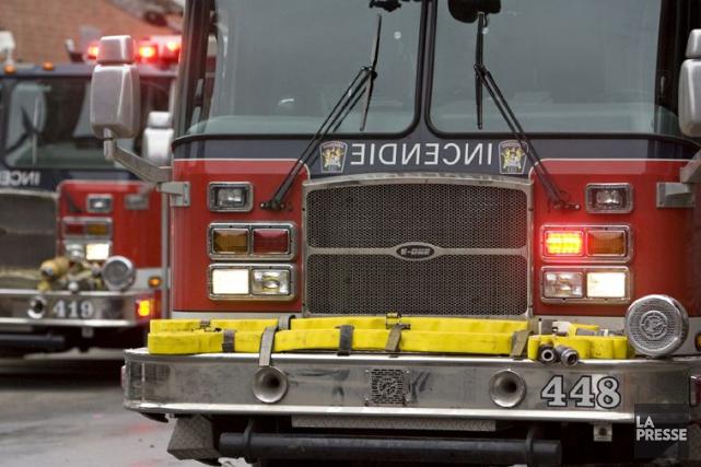 Un commerce du Vieux-Montréal a possiblement été la cible d'un incendie... (David Boily, Archives La Presse)