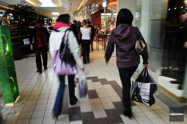 Les consommateurs connaissent-ils bien leurs droits?... (Le Quotidien)