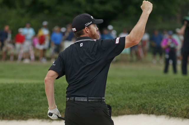 Walker a rejoint Danny Willett (Tournoi des Maîtres),... (Associated Press)