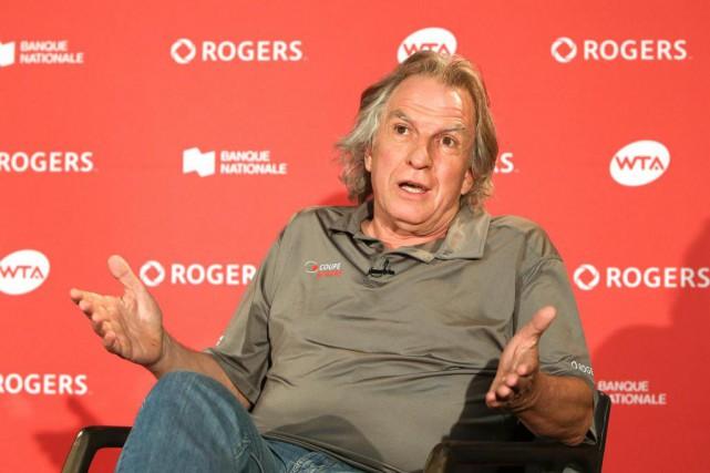 Eugene Lapierre,directeur de la Coupe Rogers, a dressé... (PHOTO ROBERT SKINNER, LA PRESSE)