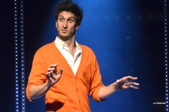 L'humoriste Jeremy Demay a invité le Sherbrookois Alexis... (Archives La Tribune, Maxime Picard)