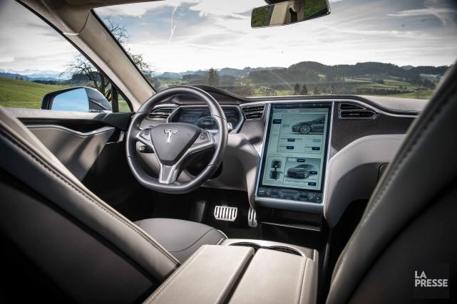 Tant que les véhicules dits autonomes seront munis d'un volant, les Canadiens... (Archives La Presse)