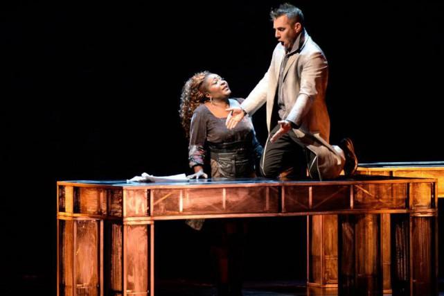 Marie-Josée Lord etPascal Charbonneau reprennent les rôles de... (Photo Yan Doublet, Le Soleil)