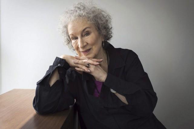 Margaret Atwood fera un tour dans le passé et devant la caméra grâce à... (PHOTO LA PRESSE CANADIENNE)