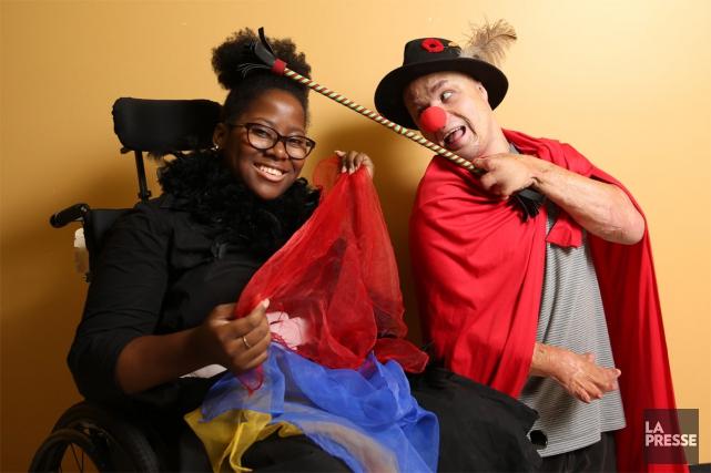 Olivia Ngwangwata et Mario Junior Lemire.... (PHOTO MARTIN CHAMBERLAND, LA PRESSE)