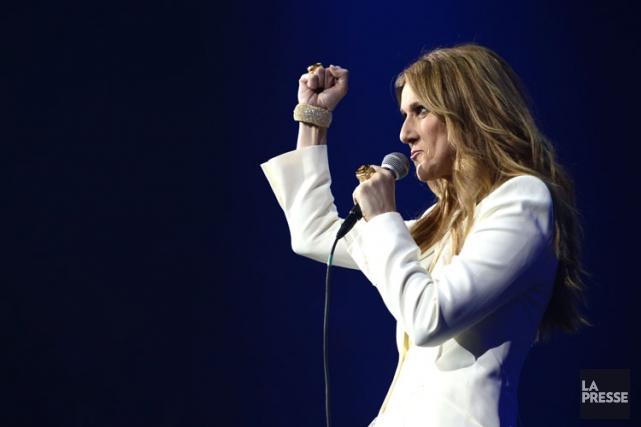 Céline Dion lors de son concert dimanche au... (Collaboration spéciale, CHARLES LABERGE)