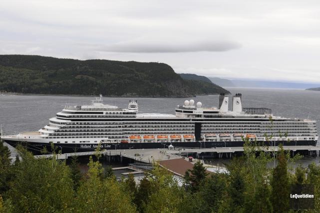 Saguenay prévoit installer des pontons flottants qui permettront... (Archives Le Quotidien, Mariane L. St-Gelais)
