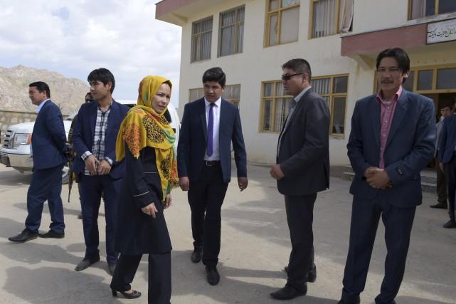 Masooma Muradi, seule femme à la sortie d'une... (AFP, Shah Marai)