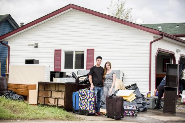 Kenny et Kayla Payne posent à côté de... (La Presse Canadienne, Greg Halinda)