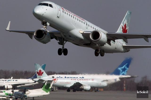 Air Canada affirme que la porte de l'appareil... (Photothèque Le Soleil)