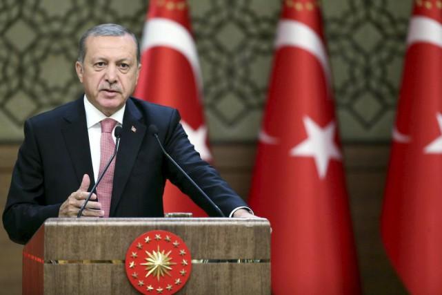 Recep Tayyip Erdogan... (PHOTO KAYHAN OZER, AGENCE FRANCE-PRESSE)