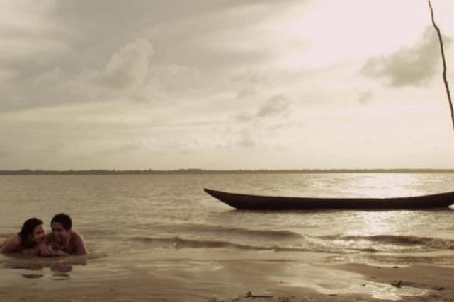 Dans Lo que lleva el rio, une femme... (Photo fournie par le Festival Présence autochtone)