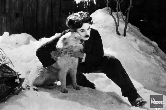 Charlie Chaplin dans une scène du film La... (Photothèque La Presse, United Artists)