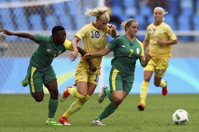 Le duel Suède-Afrique du Sud était lepremier des... (Photo Leonhard Foeger, REUTERS)
