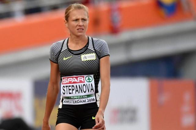 La coureuse Yuliya Stepanova ne participera pas aux... (AP, Geert Vanden Wijngaert)