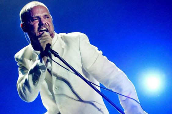 Gord Downie, chanteur de Tragically Hip.... (PHOTO ARCHIVES LA PRESSE CANADIENNE)