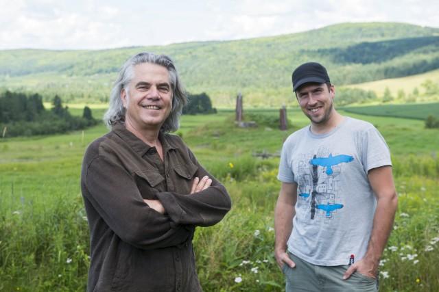 Richard Séguin et David Goudreault se préparent à... (Spectre Média, Julien Chamberland)