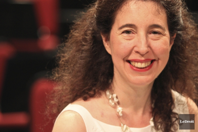 La pianiste Angela Hewitt... (Patrick Woodbury, Archives LeDroit)