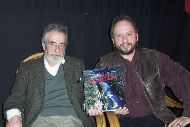 Bertrand B.-Leblanc (à gauche) est décédé mardi... (Collaboration spéciale, Gilles Gagné)
