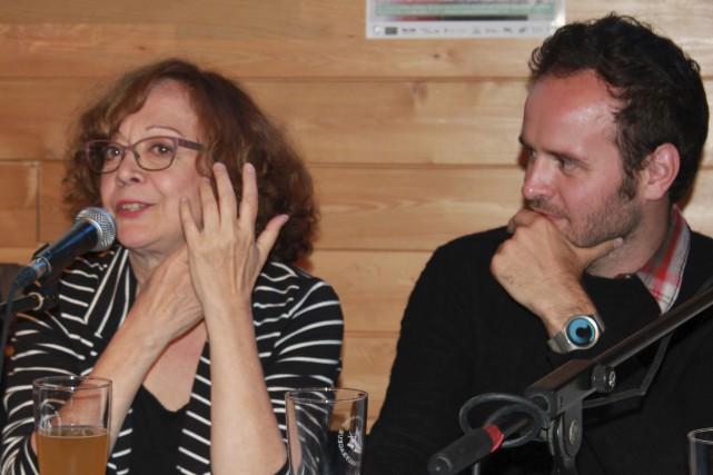 La comédienne Pauline Martin et le comédien Michel-Maxime... (Photo Marianne Desrosiers pour les Productions à tour de rôle)