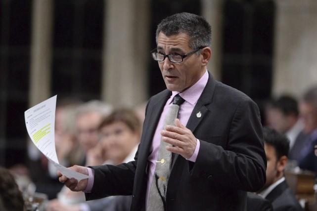 L'ancien ministre des Pêches et des Océans, Hunter... (La Presse Canadienne, Adrian Wyld)