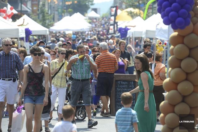 Le centre-ville de Sherbrooke sera envahi d'épicuriens pour... (Archives, La Tribune)