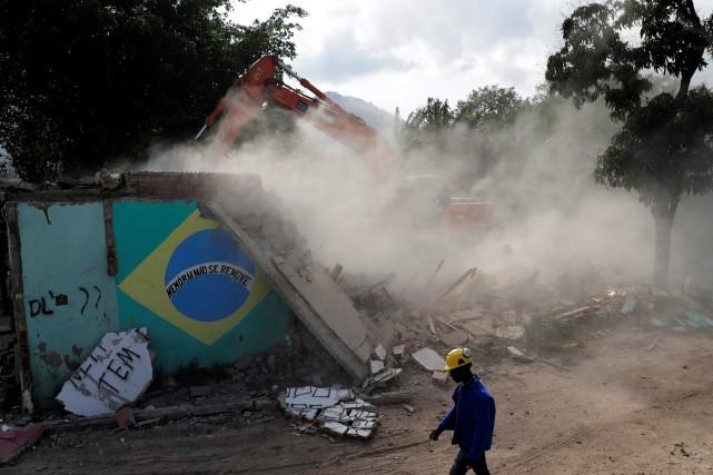 La favela Vila Autódromoest une minuscule enclave située... (Photo Ricardo Moraes, REUTERS)
