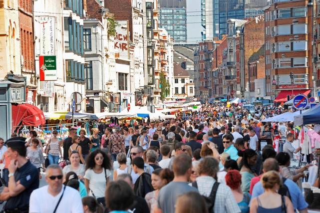 La braderie de Lille est l'une des plus... (photo PHILIPPE HUGUEN, archives AFP)