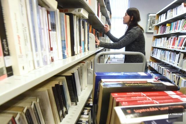 La bibliothèque municipale Éva-Senécal se fera refaire une beauté et on devra... (Archives La Tribune, Maxime Picard)