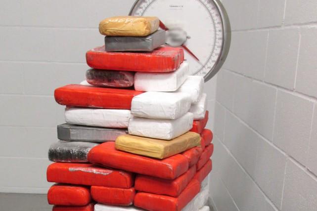 La drogue saisie, répartie dans 63 paquets, est... (fournie par l'Agence des services frontaliers du Canada)