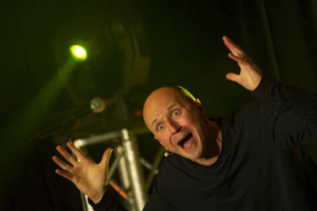 Dans son spectacle, Benoit Paquette propose une cinquantaine... (tirée du site web de Benoit Paquette)