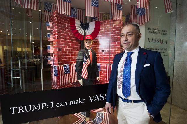 Andre Vassi, designer et propriétaire de Vassi Menswear,... (La Presse Canadienne, Nathan Denette)