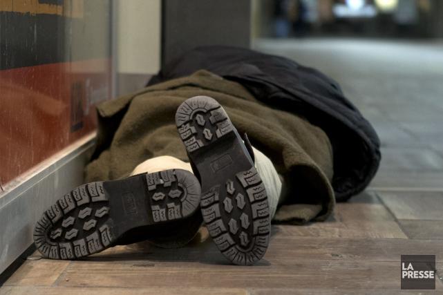 Le sans-abri agressé n'a pas été blessé et... (Archives La Presse, Robert Skinner)