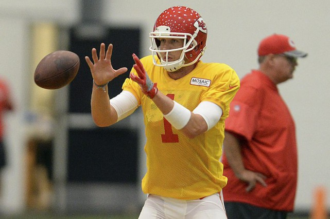 Tout juste acquis par les Chiefs de Kansas... (Dougal Brownlie, The St. Joseph News-Press via AP)