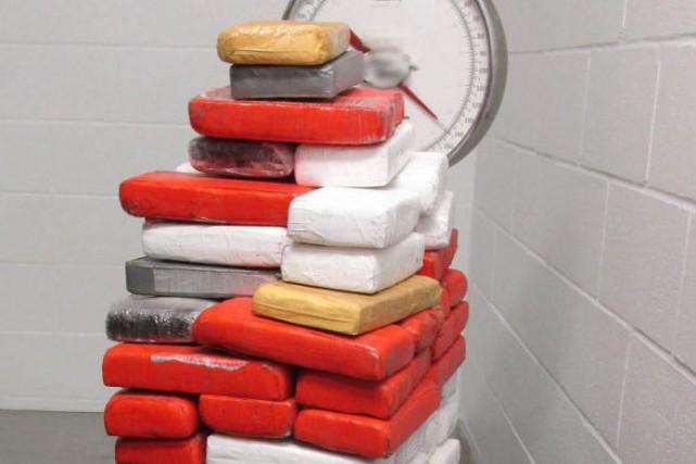 La saisie de 65kg de cocaïne à Saint-Bernard-de-Lacolle... (Photo fournie par l'Agence des services frontaliersdu Canada)