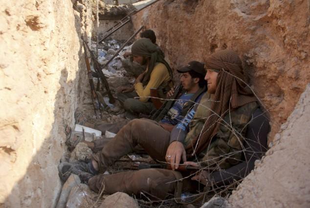 Le 31 juillet, les rebelles aidés du groupe... (AFP, Omar haj kadour)