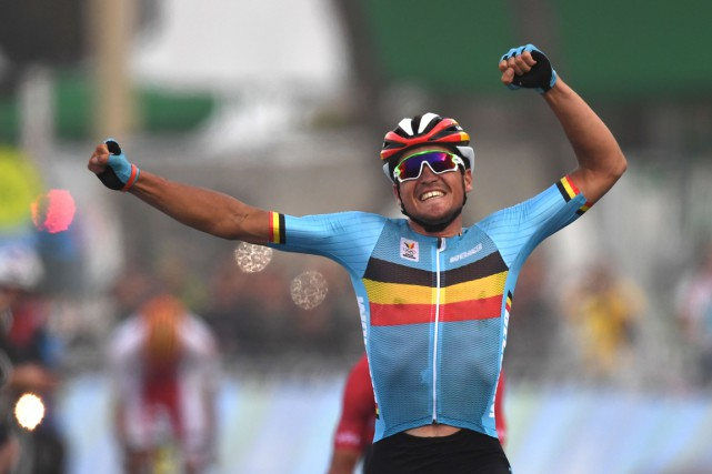 Greg Van Avermaet... (PHOTO ERIC FEFERBERG, AFP)