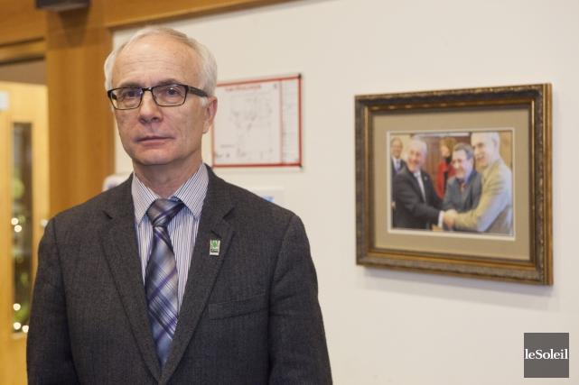 Marcel Corriveau supporte mal que le maire Sylvain... (Photothèque Le Soleil, Caroline Grégoire)