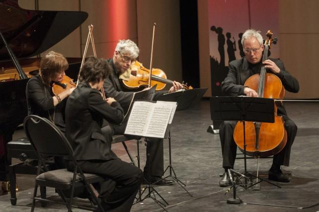 David Ellis est le violoncelliste du Quatuor Alcan.... (Archives Le Progrès-Dimanche, Michel Tremblay)