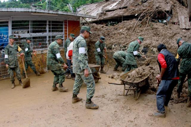 Au moins 40 personnes ont trouvé la mort dans les États mexicains de Puebla... (PHOTO AFP)