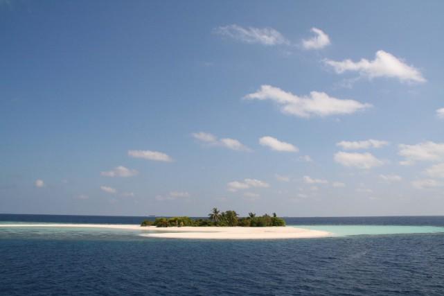Une petite île des Maldives.... (PHOTO NADJA BRANDT, ARCHIVES BLOOMBERG NEWS)