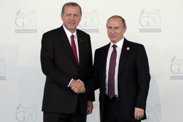 Recep Tayyip Erdogan et Valdimir Poutine, au dernier... (Photo Lefteris Pitarakis, archives Associated Press)
