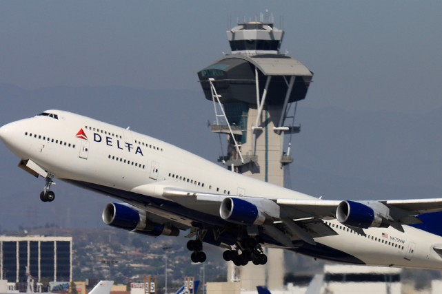 Des dizaines de milliers de passagers ont vu... (AFP)