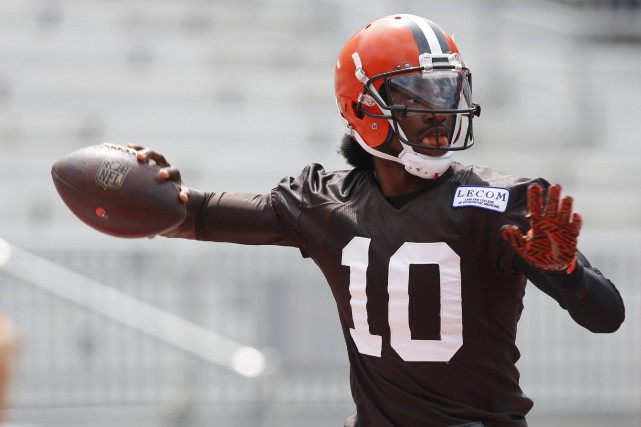 Robert Griffin III... (Photo Jay LaPete, AP)