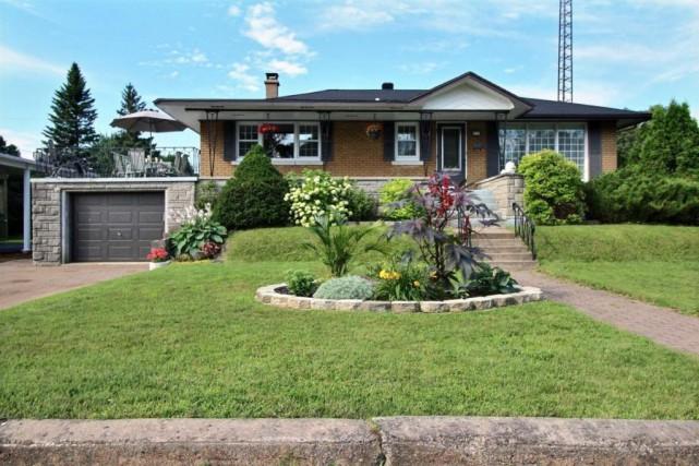 Décidément, l'intérêt des acheteurs de maisons se déplace beaucoup d'une région... (Photo fournie par Centris)